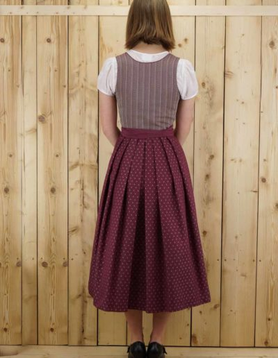 Dirndl._cosy_bordo
